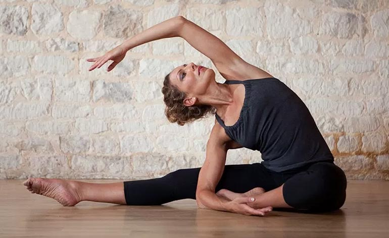 Top 5 Benefits Of Vinyasa Yoga Keep Fit Kingdom