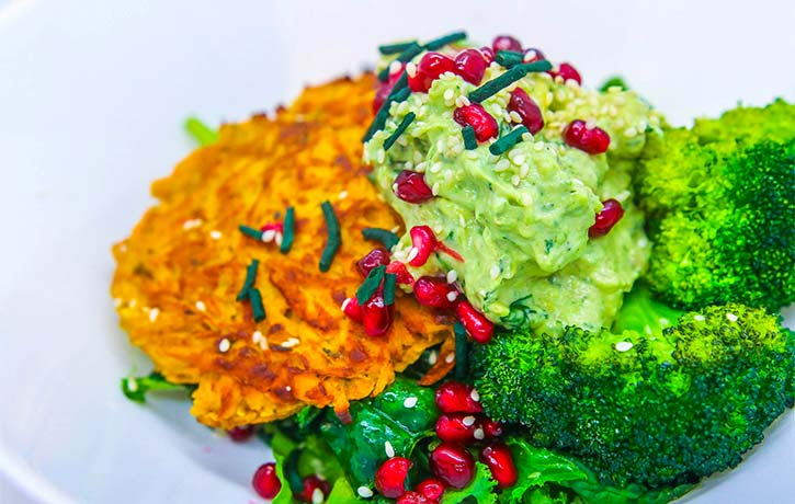 The ultimate Buddha bowl with spirulina
