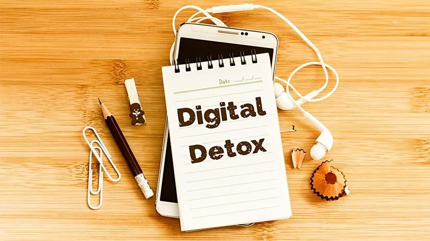 Digital Detox -3 Effective Ways to Clean Up Your Mind -Keep Fit Kingdom