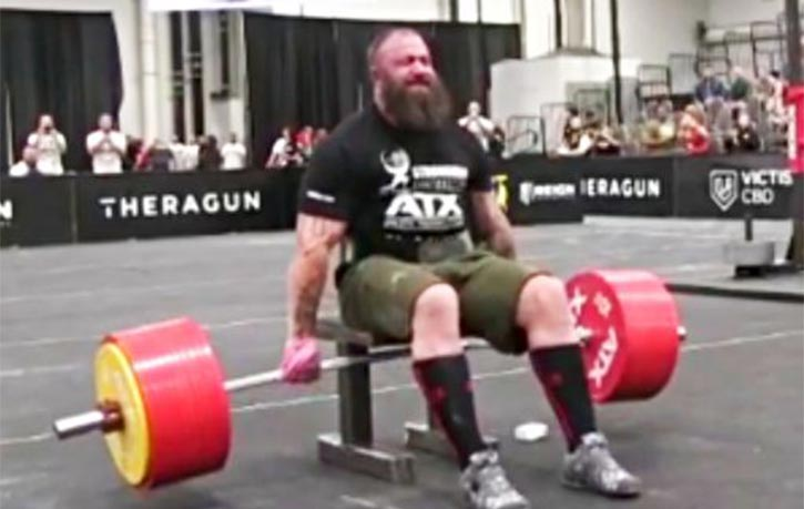 Martin performing the 550kg lift